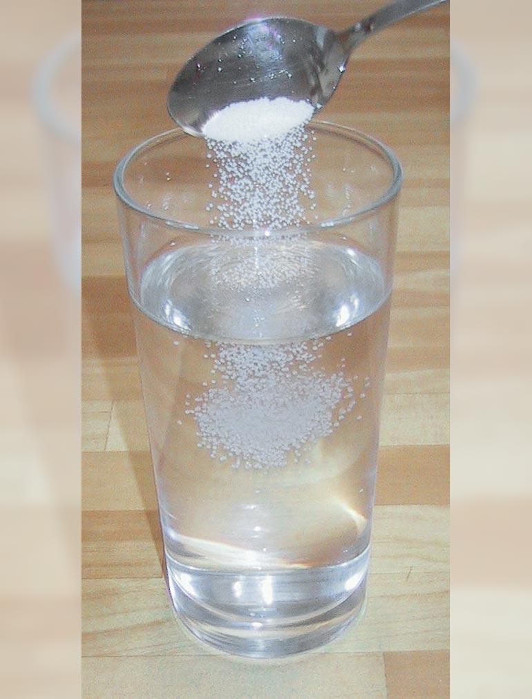 agua-con-sal-contra-la-bronquitis
