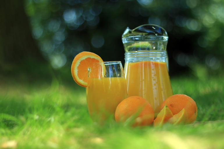 jugo de naranja contra la